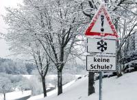 keine Schule im Winter - Foto/Abbildung: Rainer Sturm  / pixelio.de (bearbeitet)